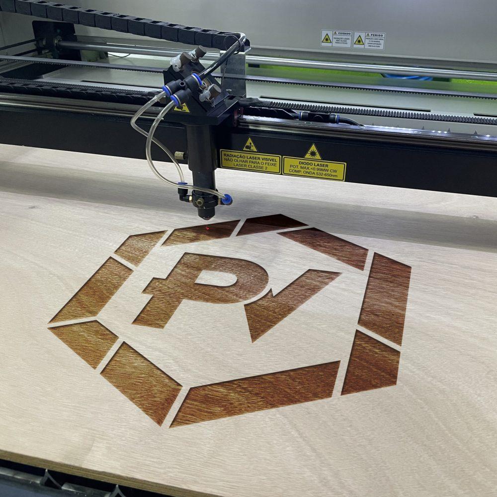 Maquina Corte e Gravacao Laser 1